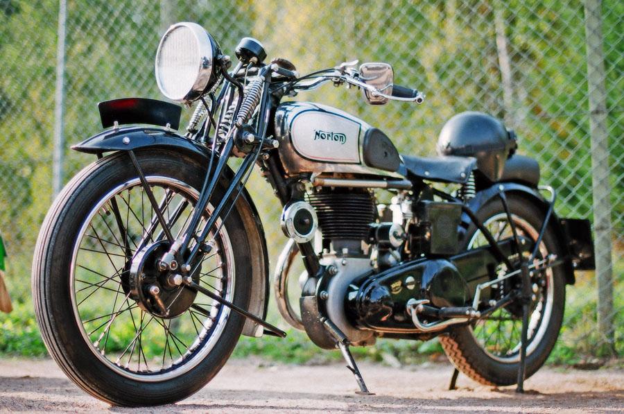 Norton moottoripyörä